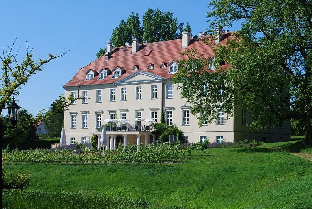 FZ_GreenLine_Park_Hotel_Schloss_Rattey_9761577ad72dc9165342dd2a963831e0