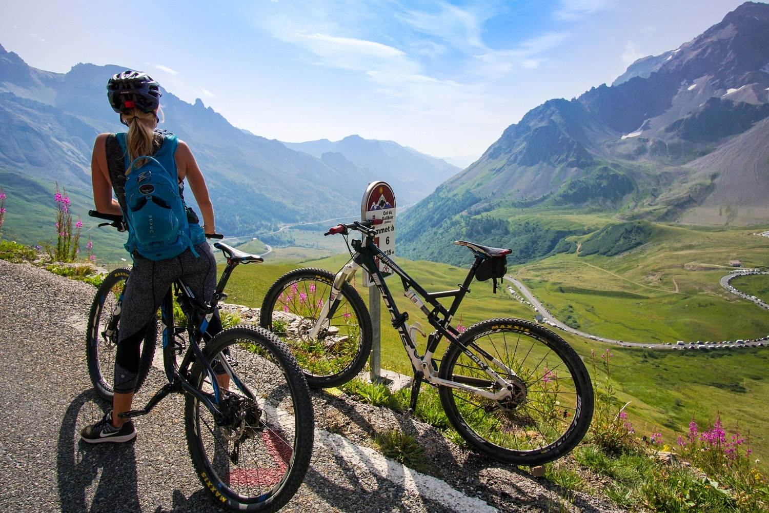 french_Alps_bikes_valley-1-min