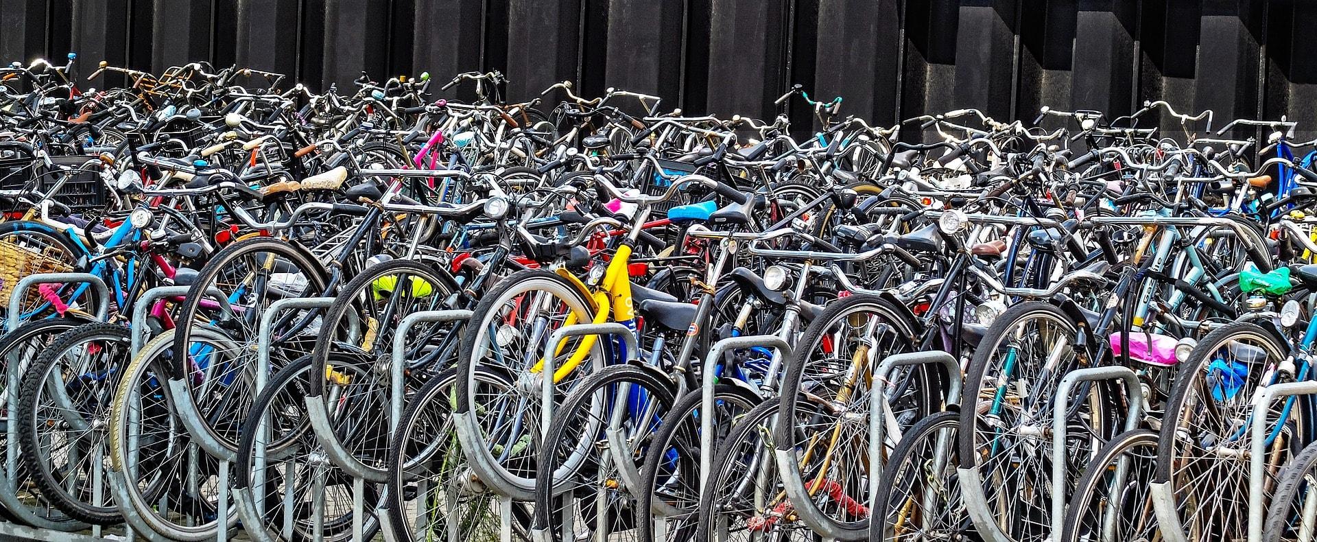 bike-2669639_1920-min