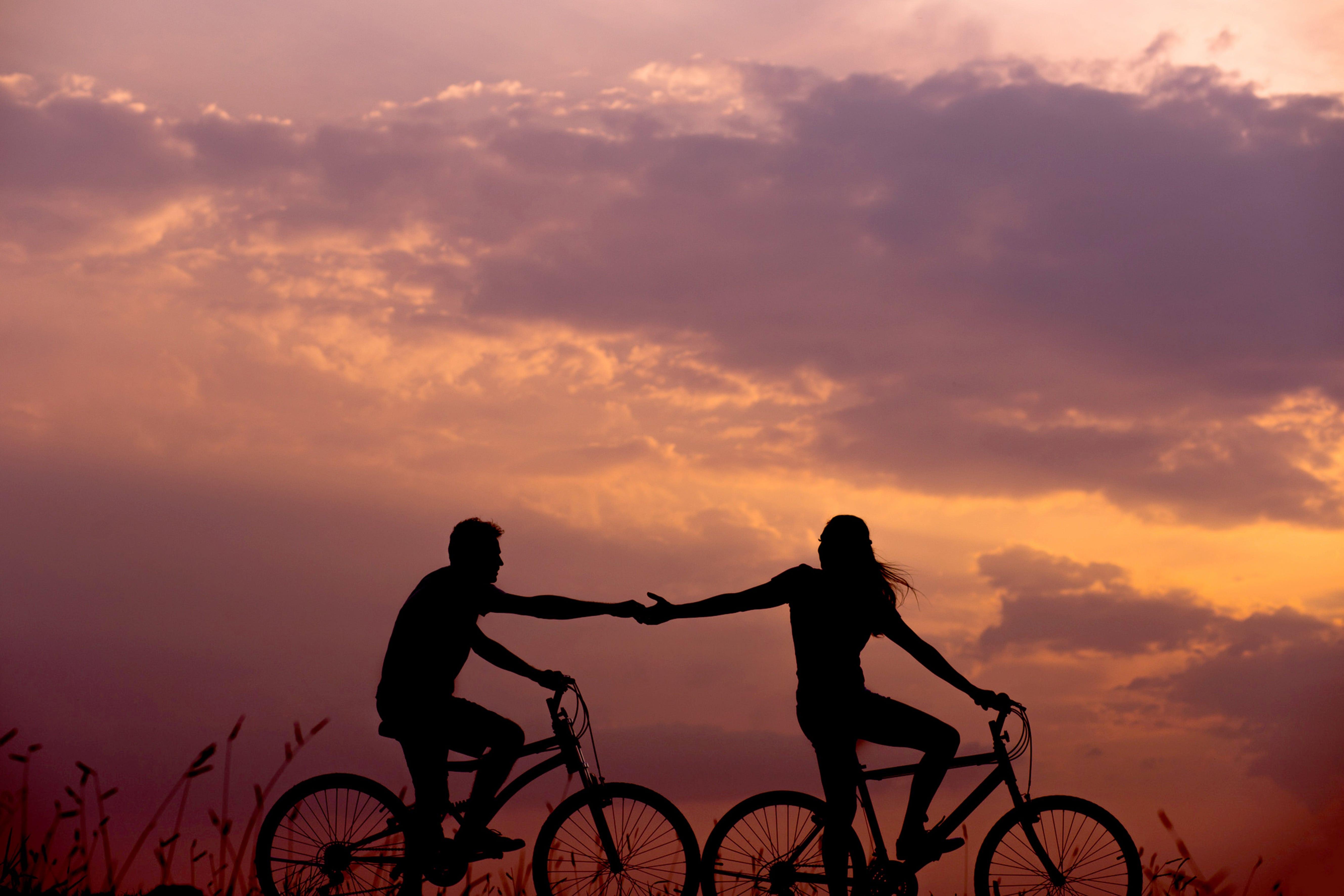 bikecouple-min